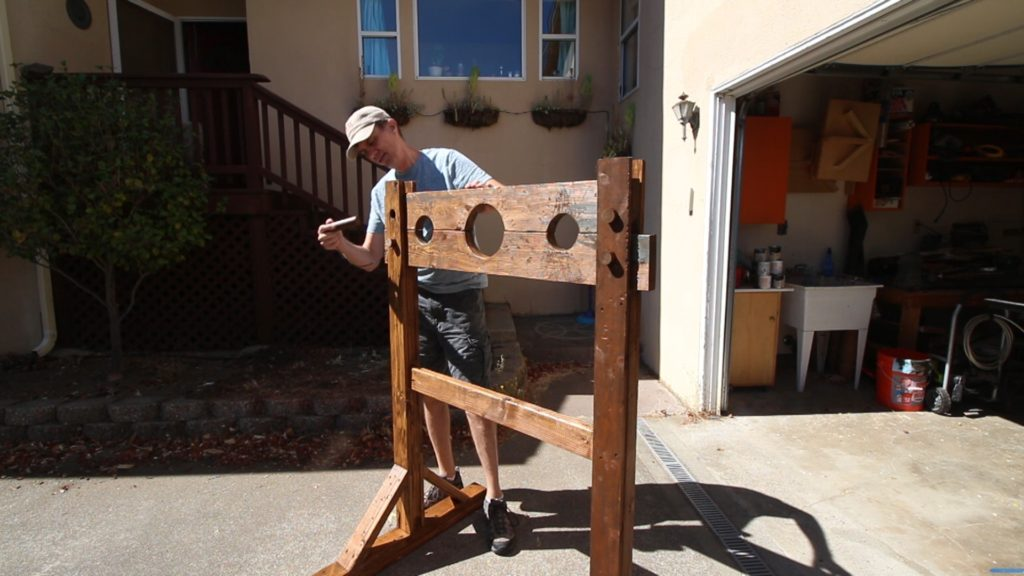 Make a Medieval Stocks Pillory
